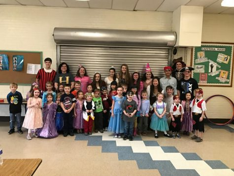 Sophomore fundraiser turns kids into pirates and princesses