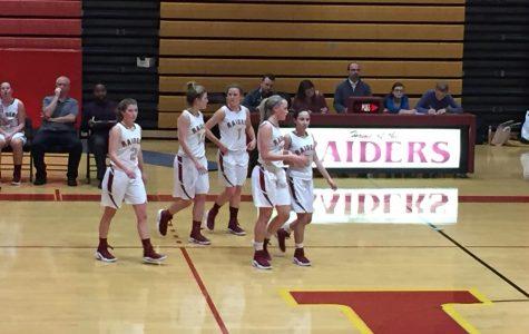 Girls basketball looks to turn around season