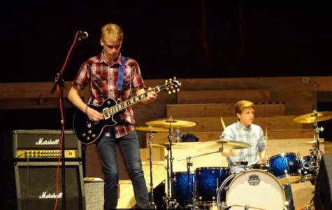 Bands battle and raise funds for HHS Debate