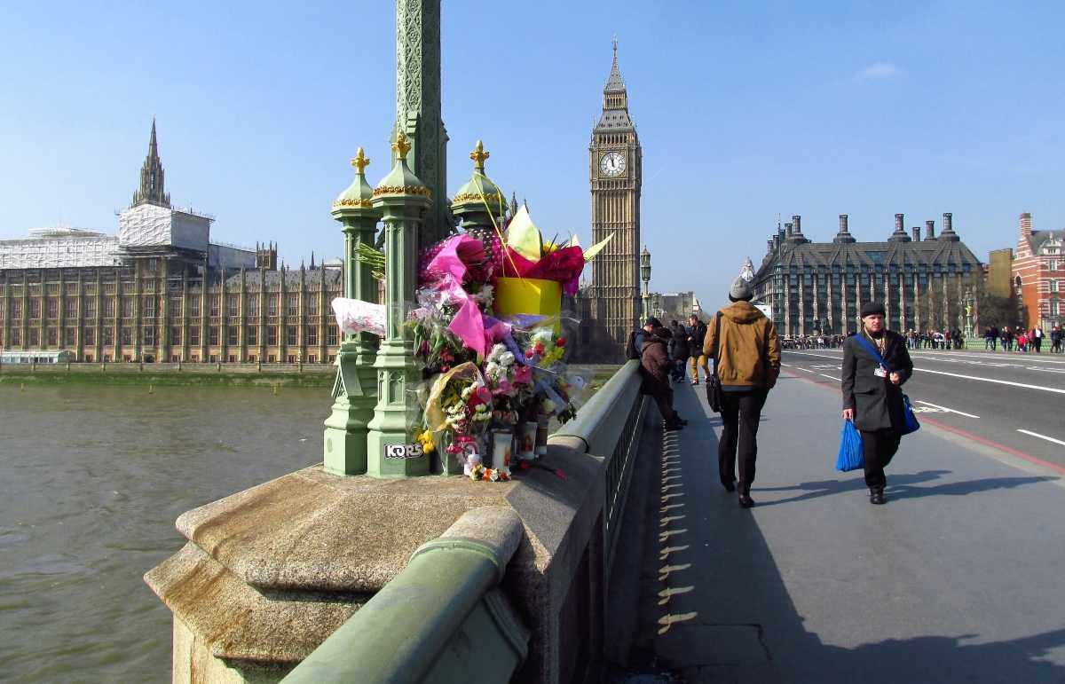 Westminster Bridge Flowers for the Westminster attack victims.