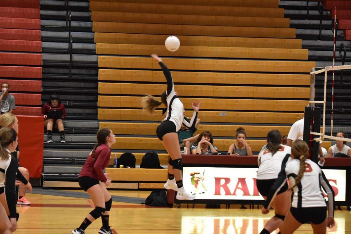 Girls volleyball loses a close one to Hunterdon Central