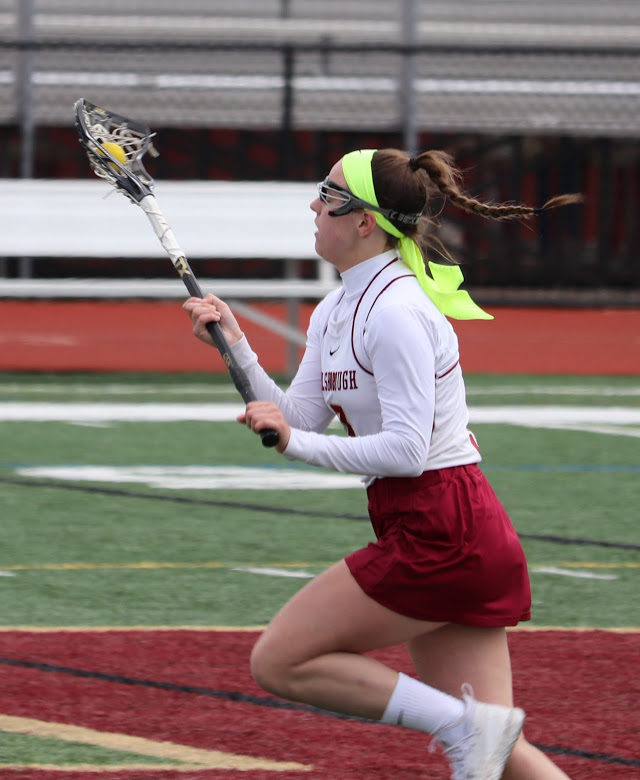 Senior+Olivia+Johnsen+prepares+for+a+big+season.+Johnsen+will+likely+add+her+name+to+the+century+club+at+HHS+when+she+nets+her+100th+goal.
