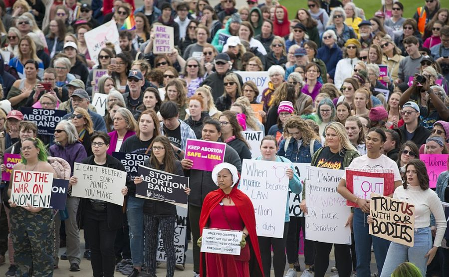 A+rally+in+St.+Paul%2C+Minnesota+broke+out+to+protest+the+increase+in+anti-abortion+laws.+