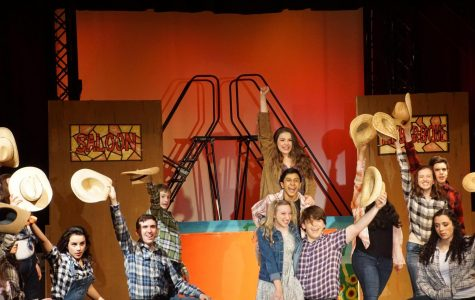 "HHS Drama's ""Footloose"" Opens this Weekend"