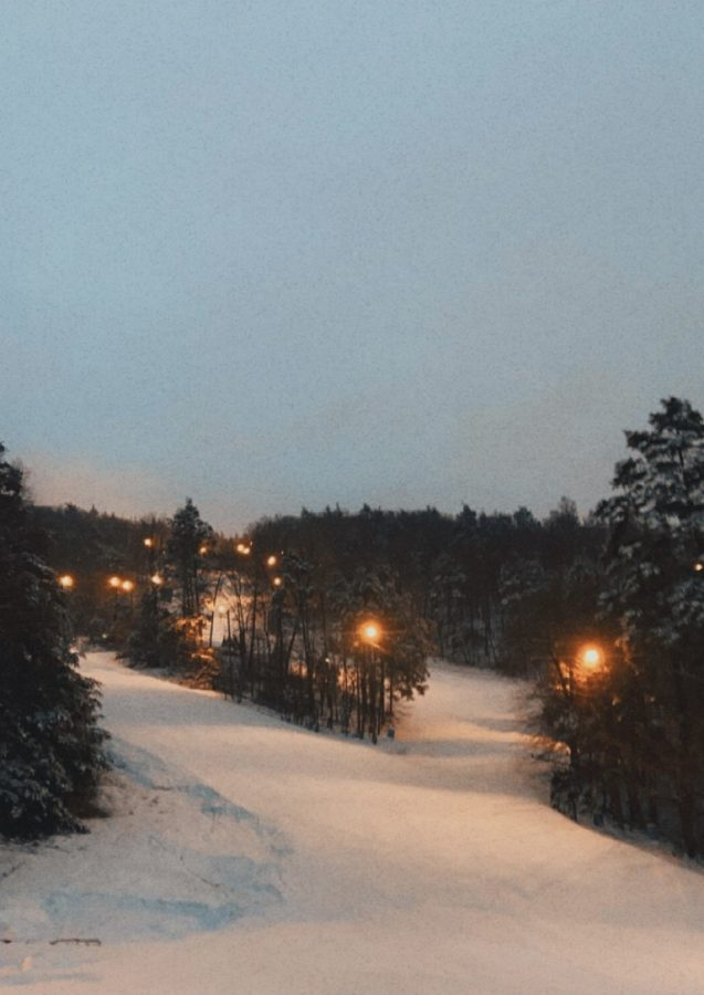 Blue Mountain Resort is equiped with plenty of lights for night time skiing.
