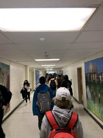 The halls are packed once again as students return to HHS with the 4-Day Hybrid plans.